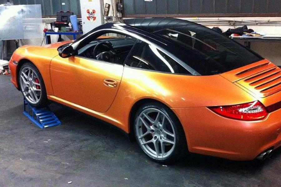 Porsche narancssárga